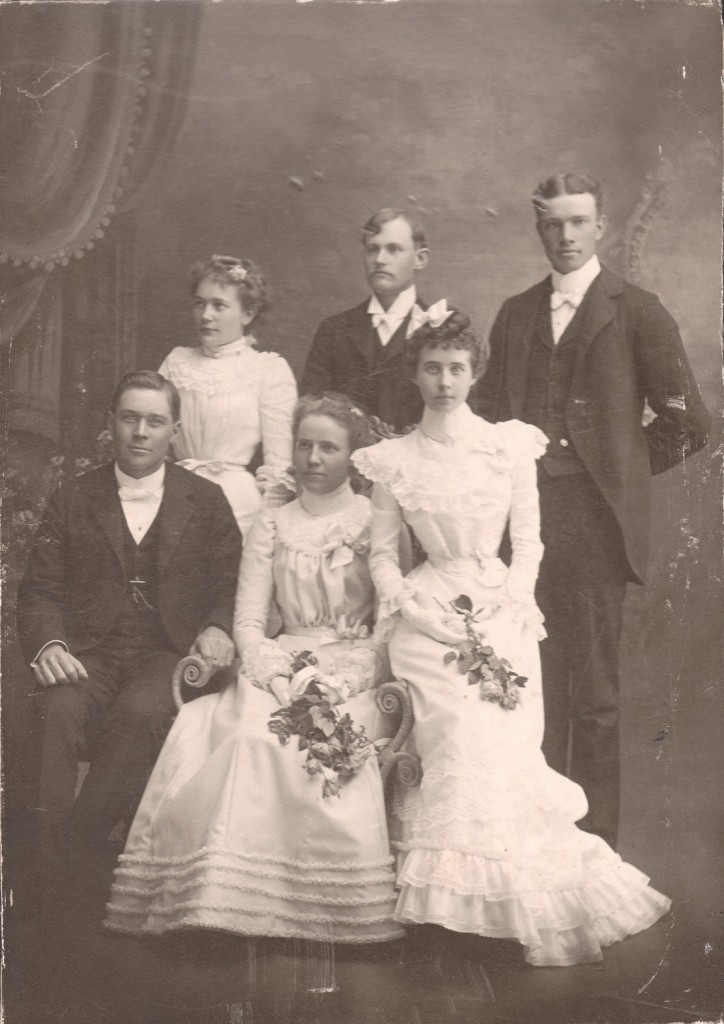 1901 Wedding of P.W. Pearson and Clara Brodd. Herman Brodd is in back row, far right.
