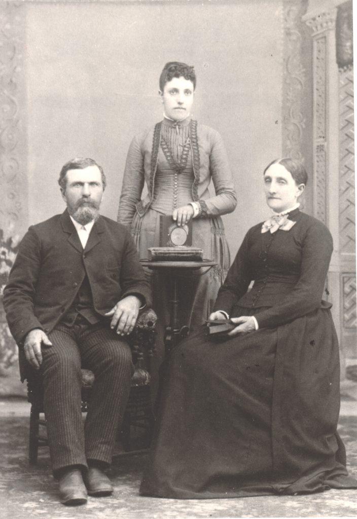 1890caSalathielLydiaEffieTimmons