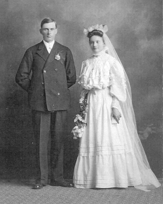 1906joseph and annie wedding potrait