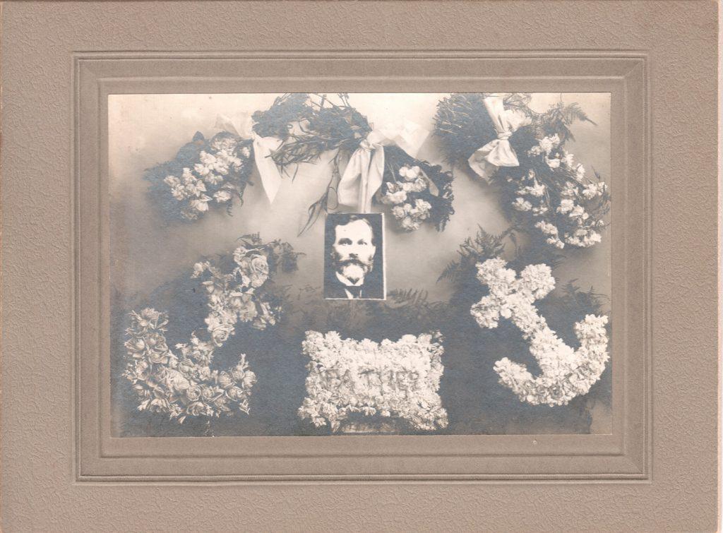 1907_GustRudeenFuneralMemorial