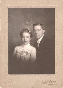 1901peterclarapearsonwedding3